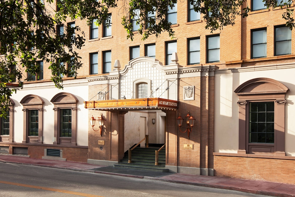 Exterior, The St. Anthony, A Luxury Collection Hotel, San Antonio