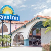 Days Inn by Wyndham Costa Mesa/Newport Beach