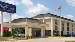 Baymont Inn and Suites Bloomington