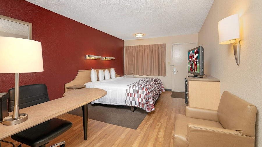 Red Roof Inn Buffalo - Niagara Airport