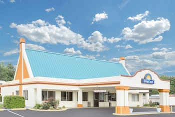 Days Inn by Wyndham Ruther Glen Kings Dominion Area