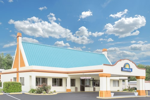 Great Place to stay Days Inn by Wyndham Ruther Glen Kings Dominion Area near Ruther Glen