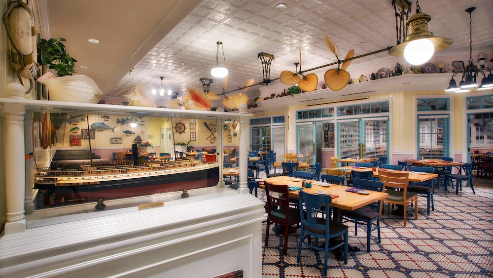 Restaurant, Disney's Old Key West Resort