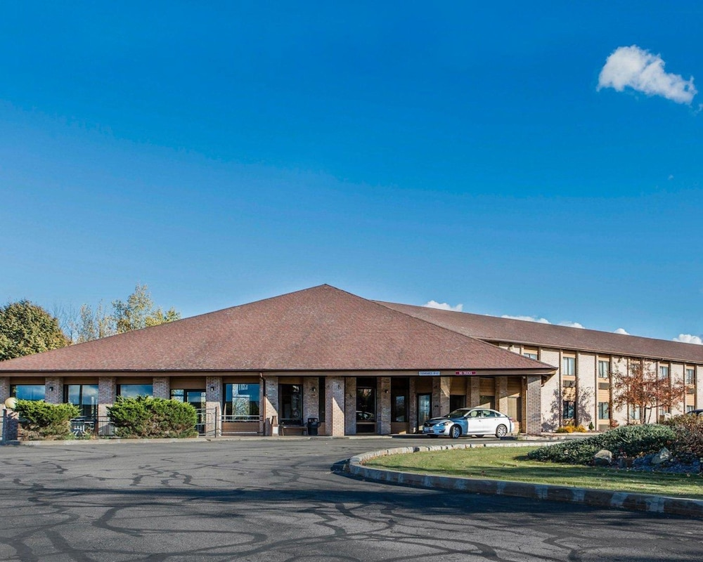 Featured Image, Quality Inn Central Wisconsin Airport