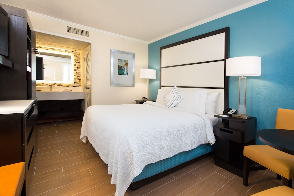 Room, Fairfield Inn and Suites by Marriott Key West