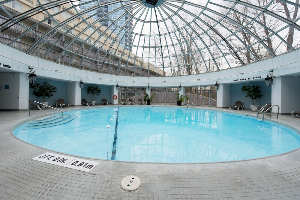 Indoor Pool, Toronto Don Valley Hotel and Suites