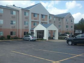 Zane Inn and Suites