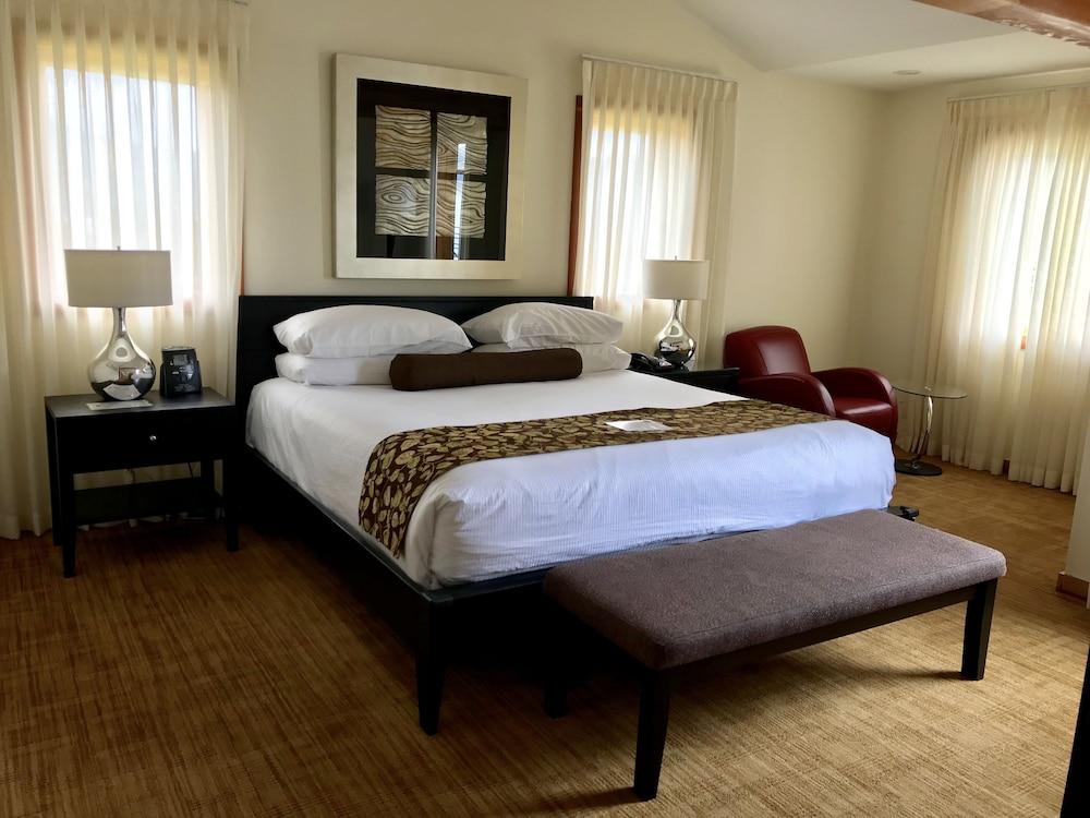 Best Western Plus Hood River Inn Gorge Room