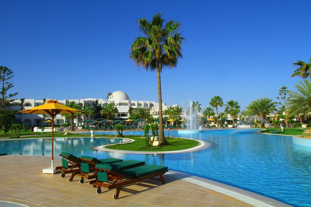 Djerba Plaza Thalasso Spa In Djerba Midun Hotel Rates Reviews