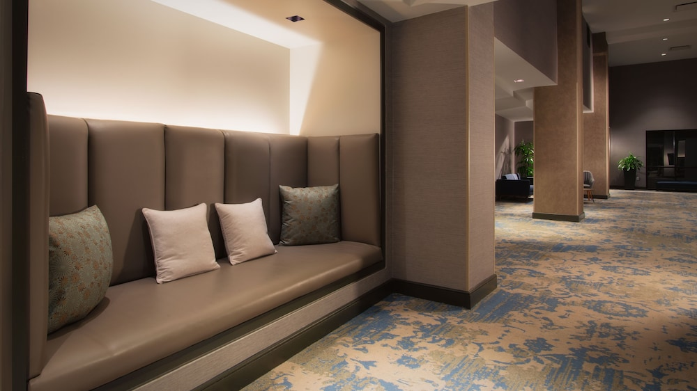 Lobby Sitting Area, The Bethesdan Hotel, Tapestry Collection by Hilton