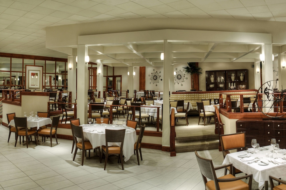 Restaurant, Sheraton Sand Key Resort