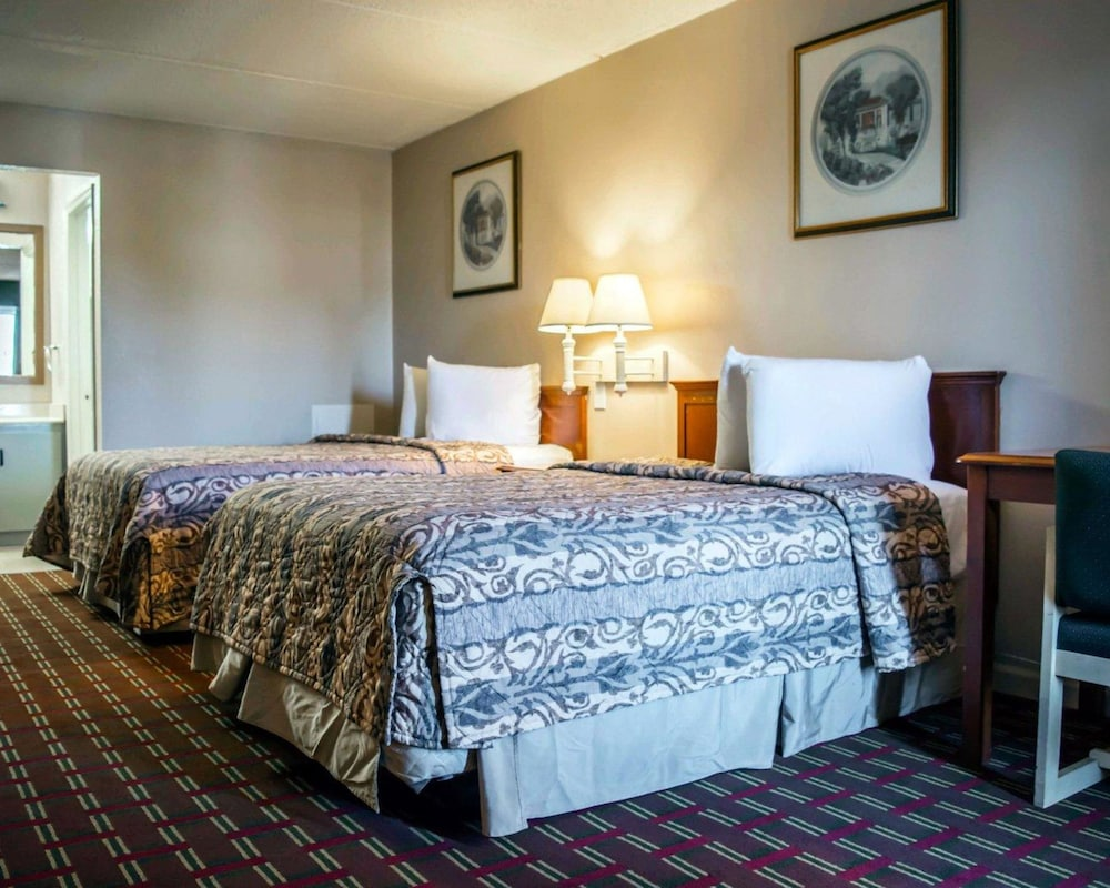 Rodeway Inn: 2018 Room Prices from $40, Deals & Reviews | Expedia