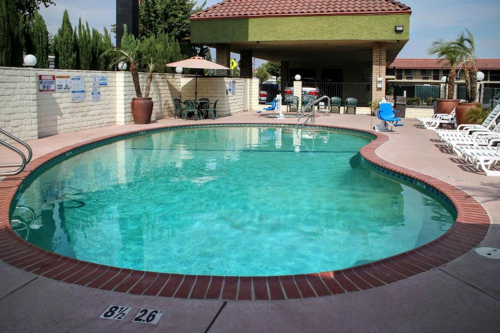 Comfort Inn Near Old Town Pasadena In Eagle Rock Reviews