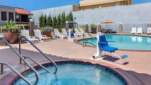 Outdoor pool, open 10:00 AM to 7:00 PM, sun loungers