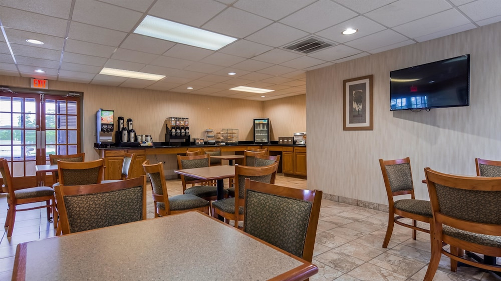 Breakfast Area, Best Western Galaxy Inn