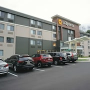 La Quinta Inn & Suites by Wyndham Columbia / Fort Meade