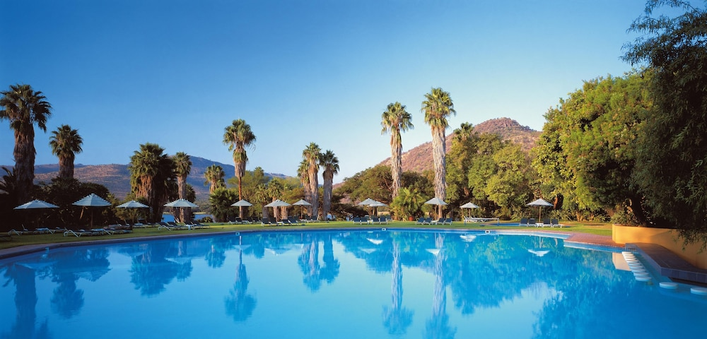 Outdoor Pool, The Cabanas Hotel at Sun City Resort