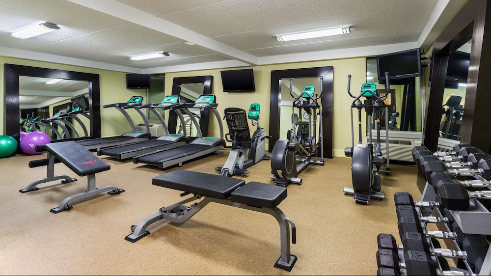 Fitness Facility, Holiday Inn Express Civic Center