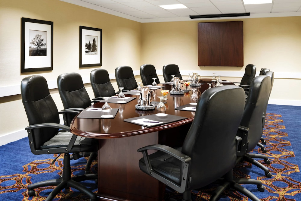 Meeting Facility, Sheraton Milwaukee Brookfield Hotel