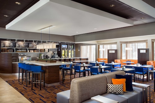 Courtyard by Marriott Denver Stapleton