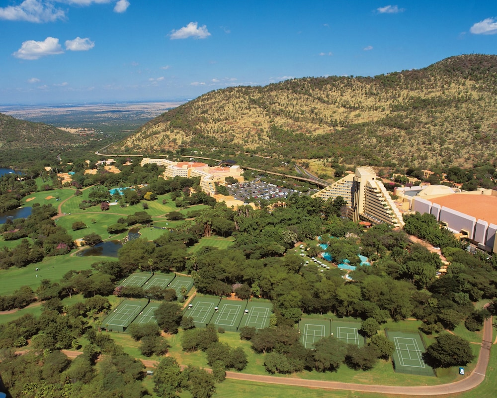 Aerial View, The Cascades Hotel at Sun City Resort