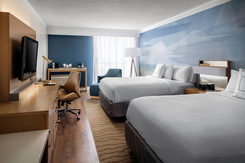 Room, Courtyard by Marriott Long Beach Downtown