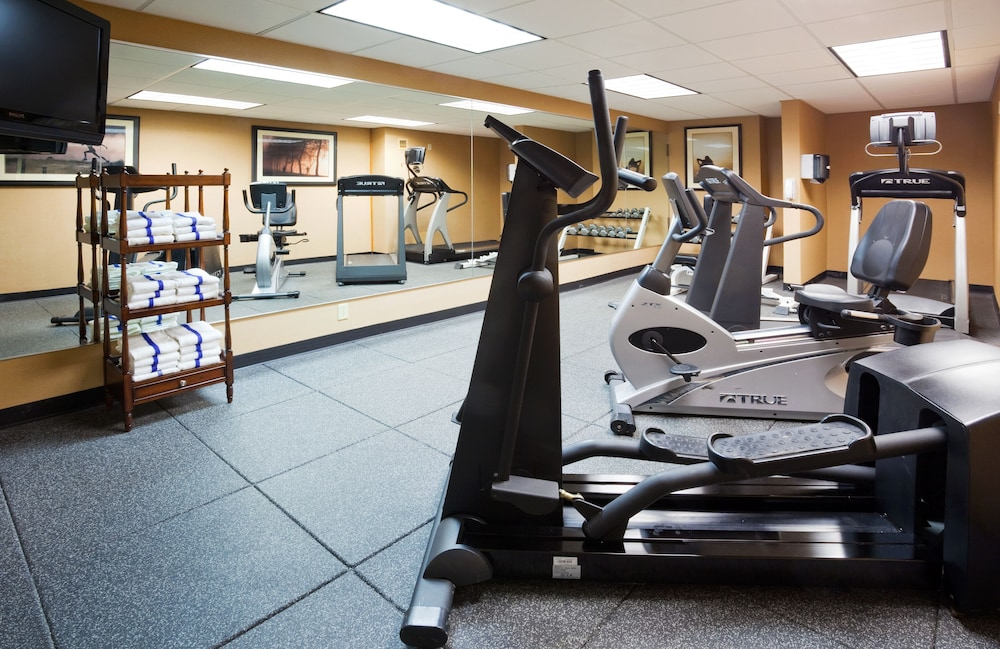 Fitness Facility, Holiday Inn Bloomington Airport South Mall Area, an IHG Hotel