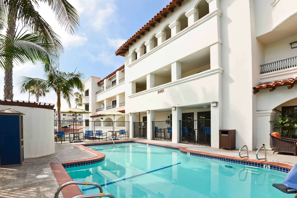 Pool, Hampton Inn & Suites San Clemente