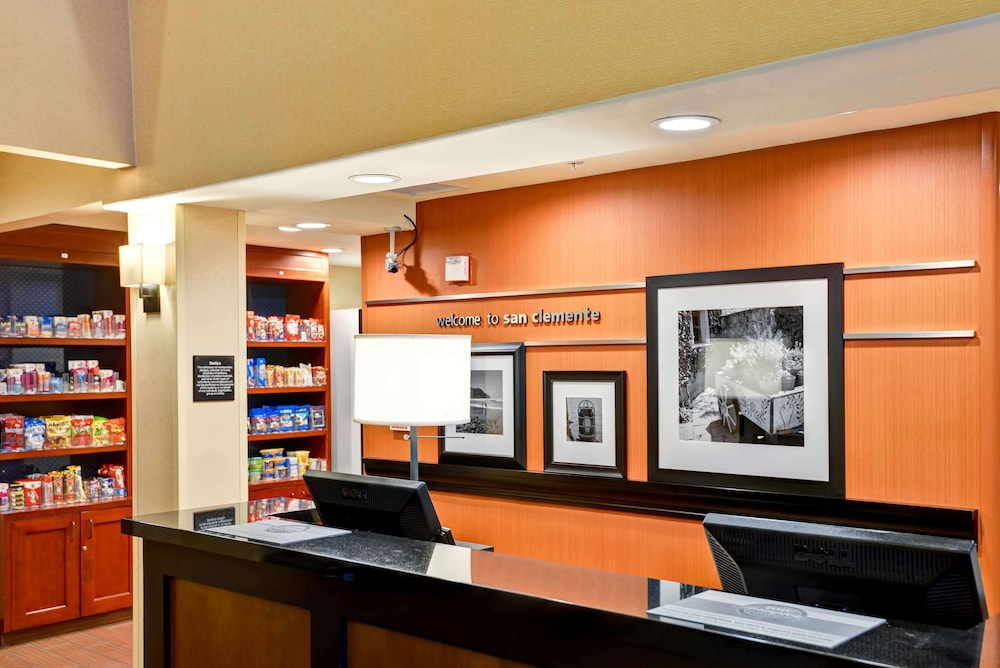 Reception, Hampton Inn & Suites San Clemente