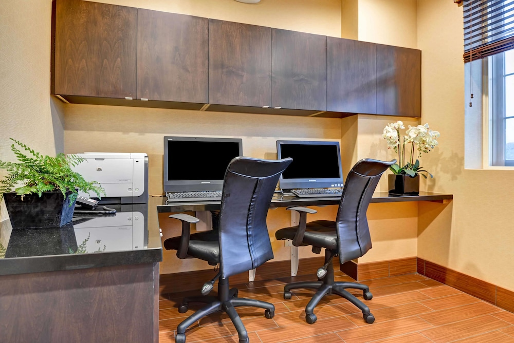 Business Center, Hampton Inn & Suites San Clemente