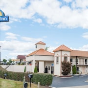 Days Inn by Wyndham Lexington Southeast