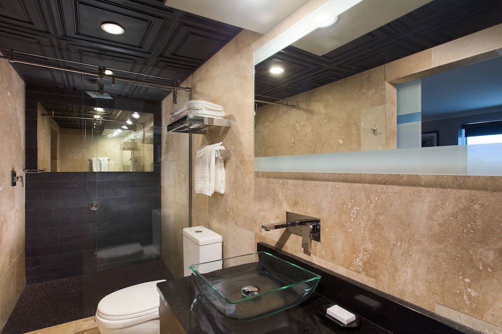 Bathroom, Hotel Duval, Autograph Collection