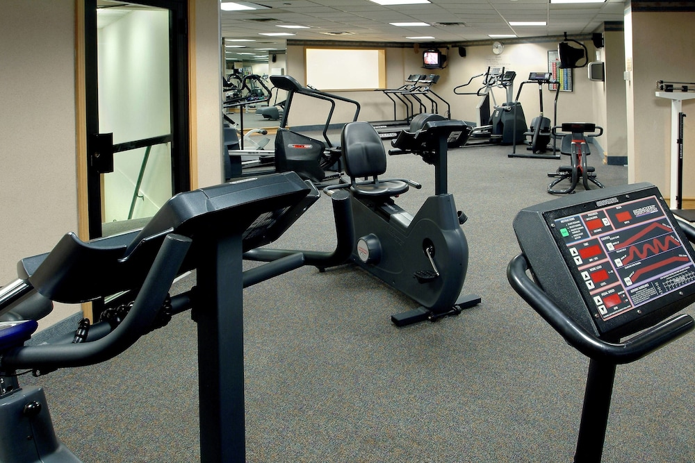 Fitness Facility, Long Island Marriott