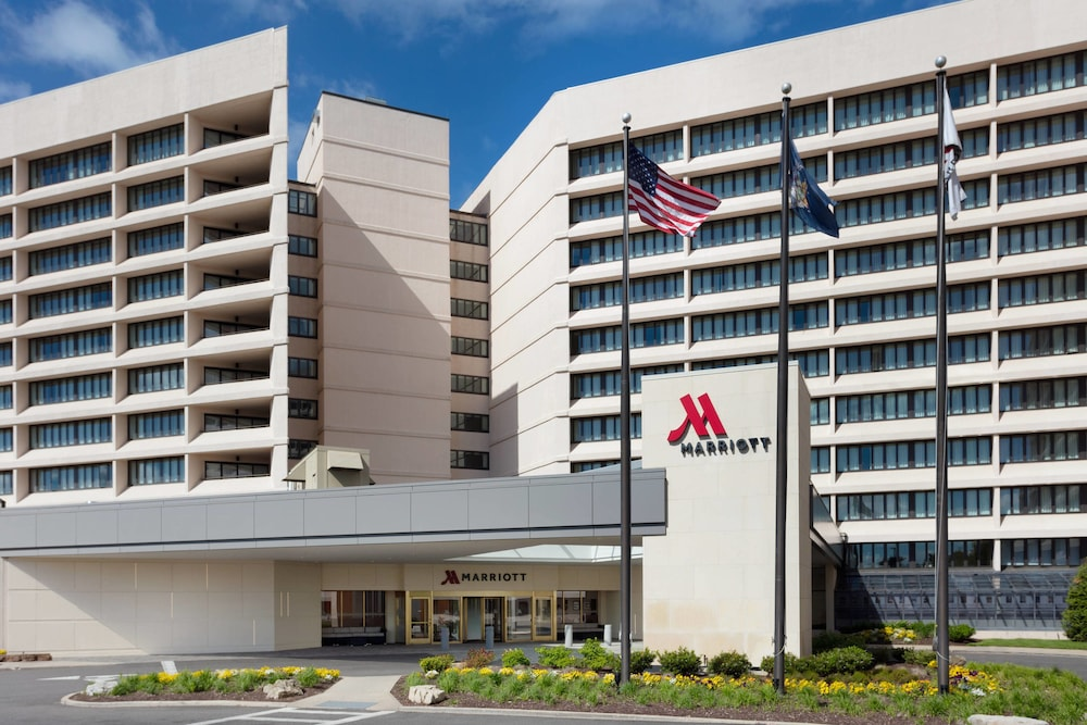 Exterior, Long Island Marriott
