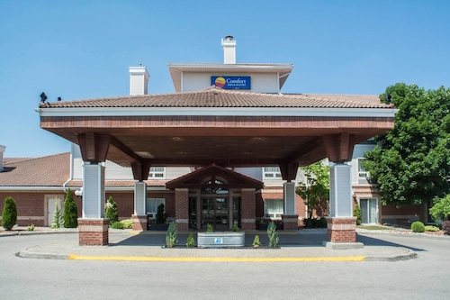 Comfort Inn and Suites Ingersoll