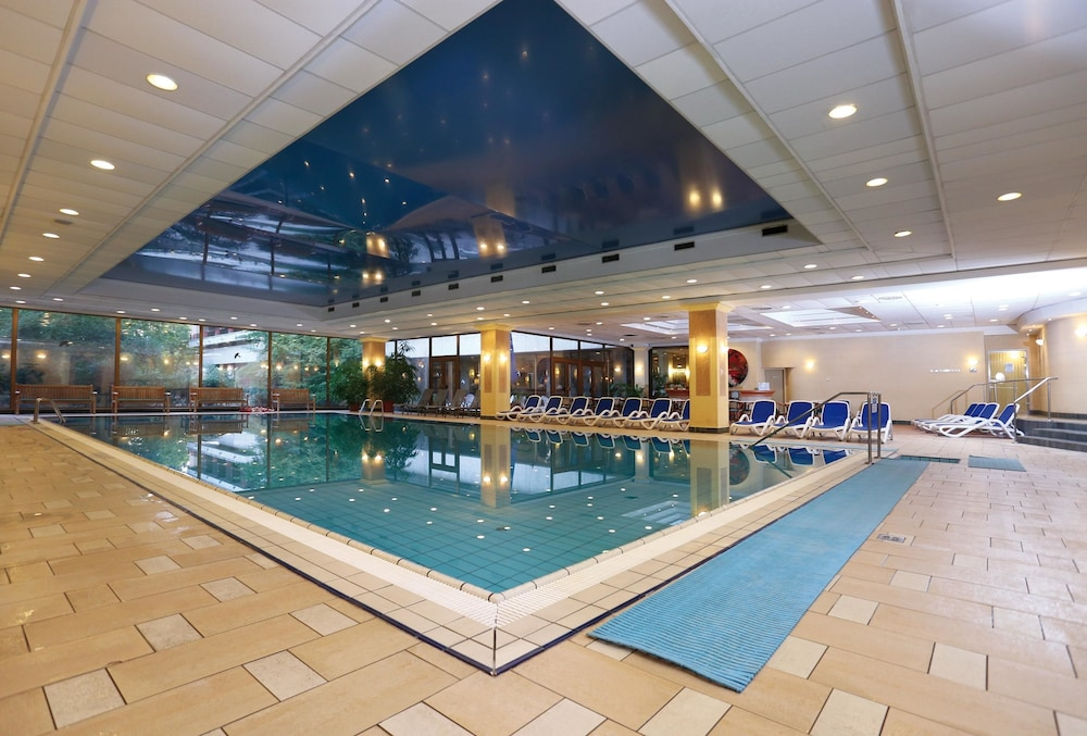 Indoor Pool, Ensana Thermal Margaret Island