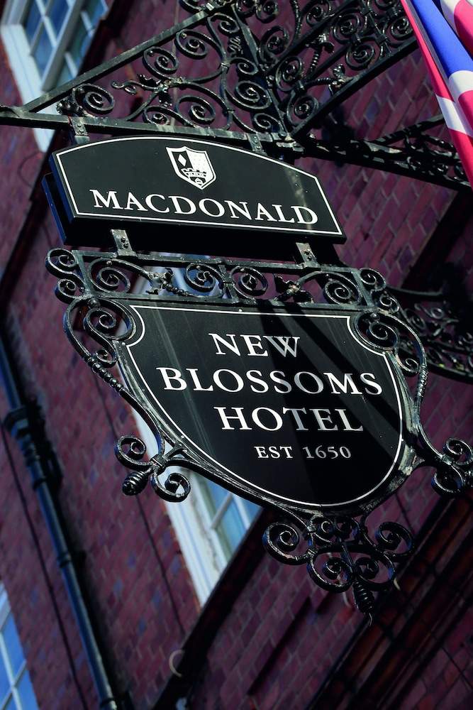 Exterior, Macdonald New Blossoms Hotel, Chester