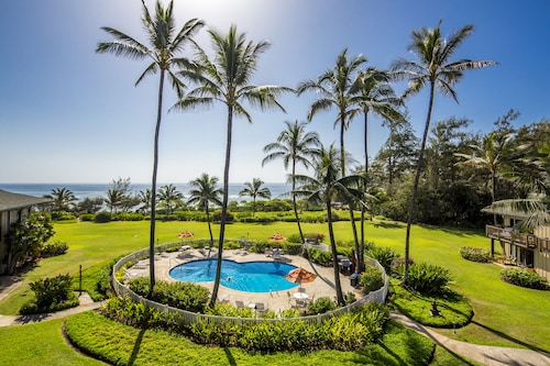 Castle Kaha Lani , a Condominium Resort