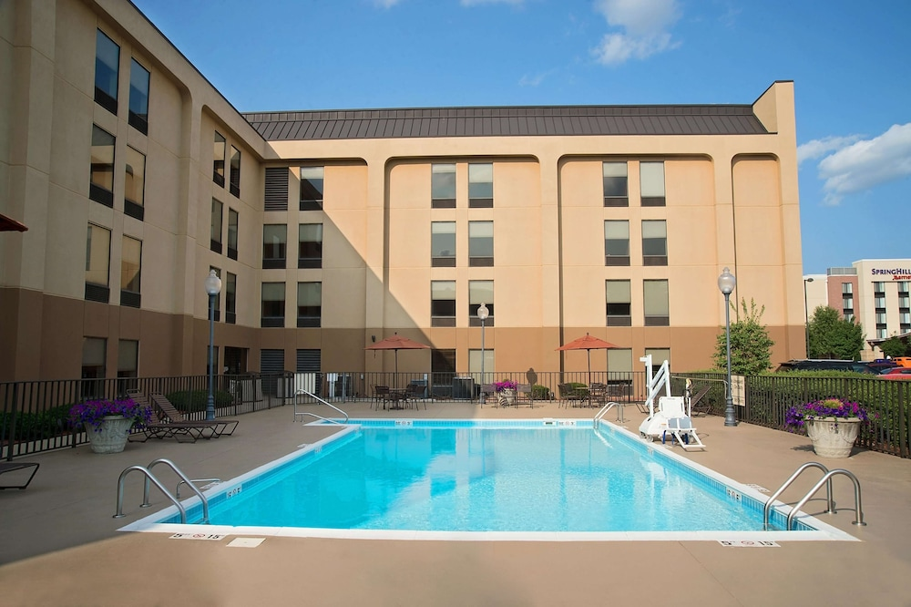 Pool, Hampton Inn Louisville-Arpt-Fair/Expo Ctr