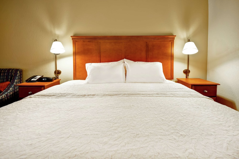 Room, Hampton Inn Louisville-Arpt-Fair/Expo Ctr