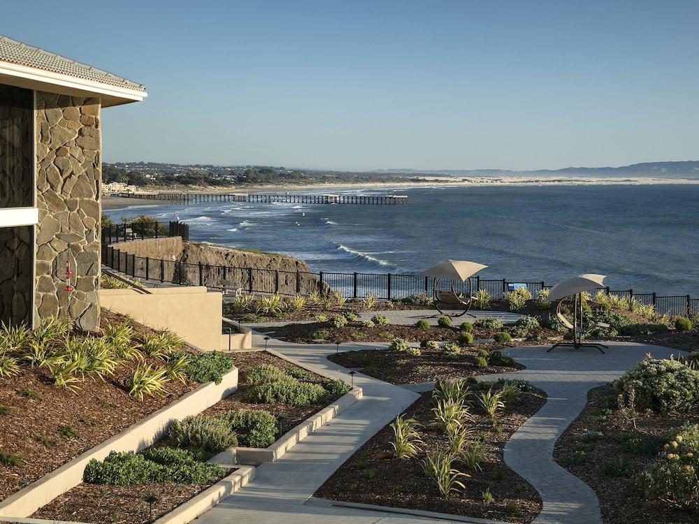 shore cliff hotel reviews photos rates. Black Bedroom Furniture Sets. Home Design Ideas