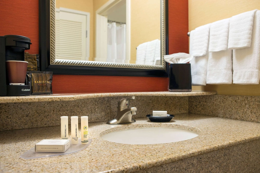 Bathroom, Sonesta Select Scottsdale at Mayo Clinic Campus