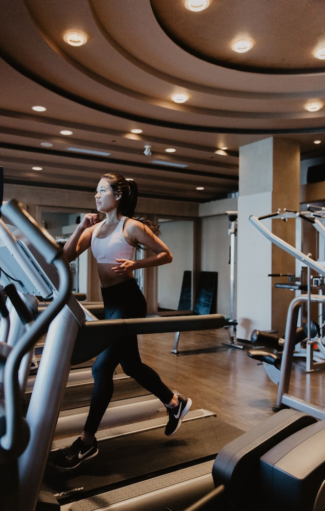 Fitness Facility, Pan Pacific Vancouver
