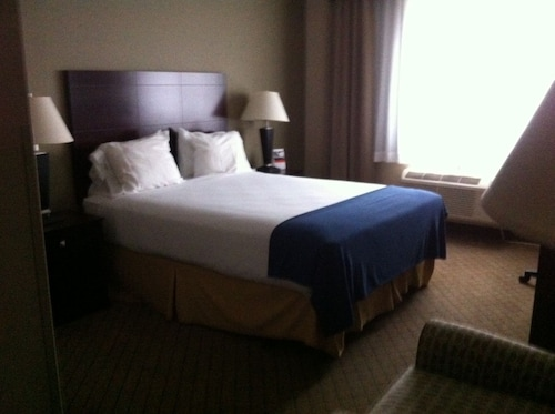 Check Expedia for Availability of Holiday Inn Express Sault Ste. Marie