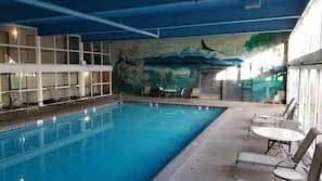 실내 수영장, 일광욕 의자