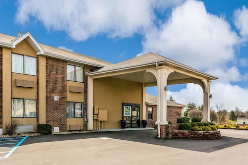 Great Place to stay Quality Inn near Batesville