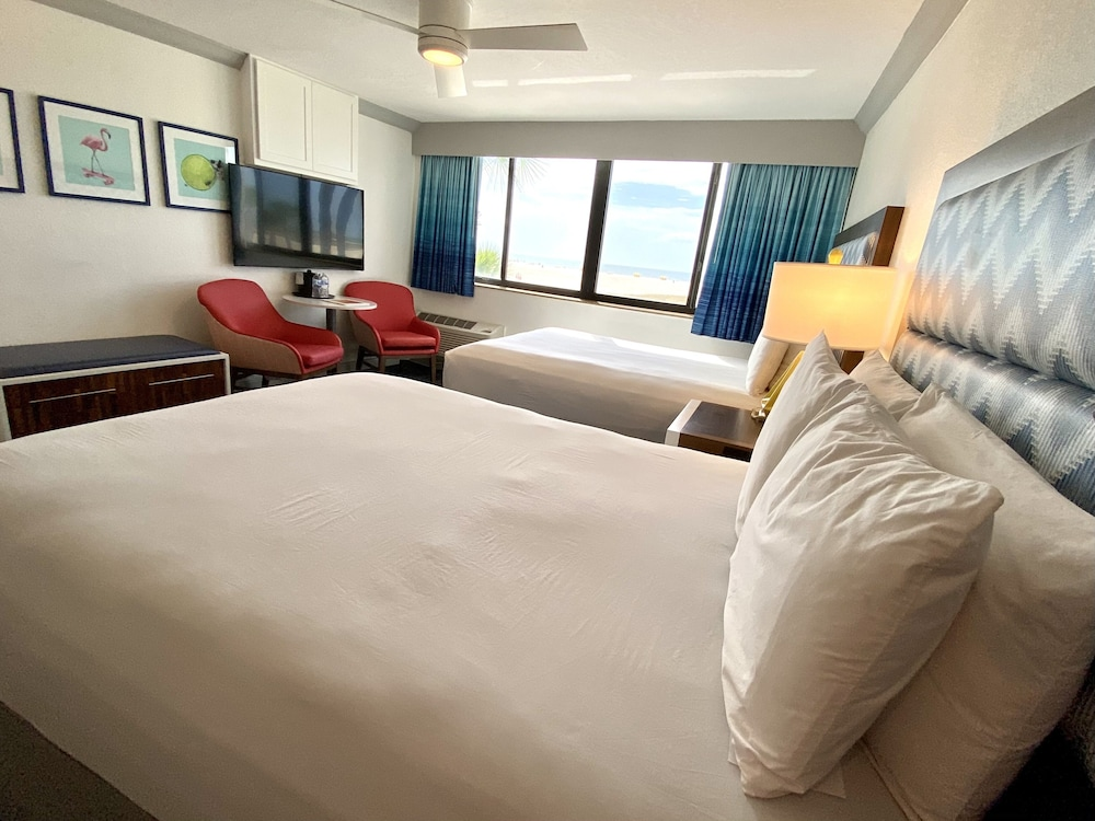 Room, Bilmar Beach Resort
