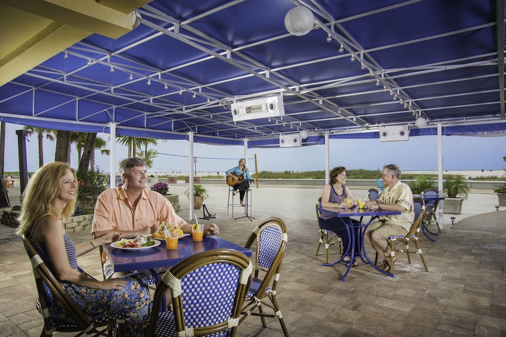 Outdoor Dining, Bilmar Beach Resort