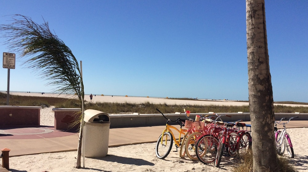 Bicycling, Bilmar Beach Resort