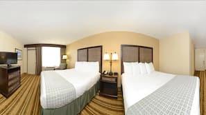 Premium bedding, blackout curtains, free WiFi